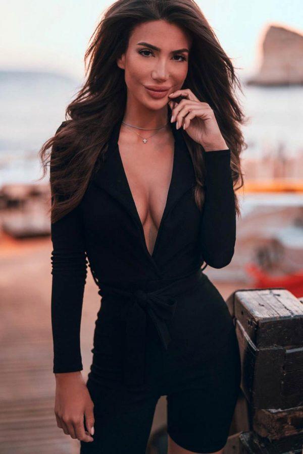Dania K. Portrait